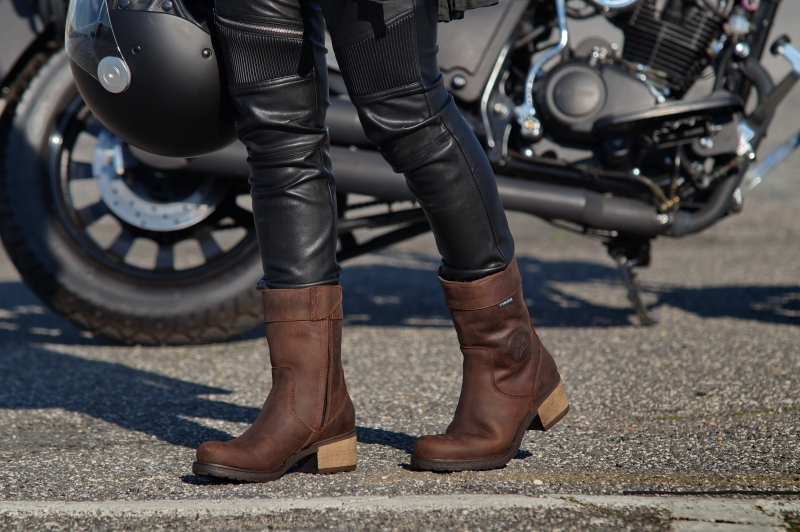 8ad3dcbe3a8e The upgraded AYDA 2 ladies  boots complete FALCO women s dedicated range  with a urban vintage look and feature several technical specific details  for female ...